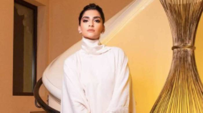 Sonam Kapoor just won the kaftan race with this ethereal Taller Marmo creation