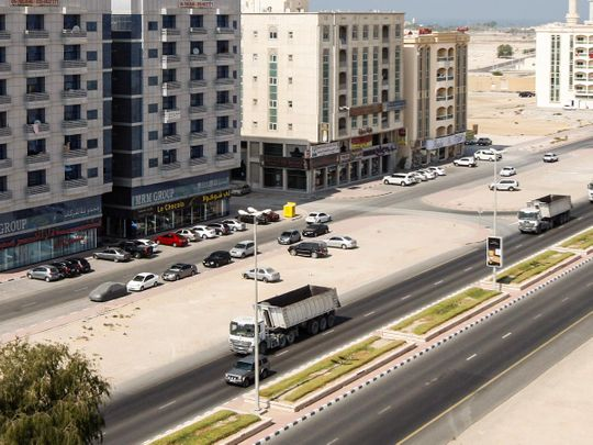 UAQ Police warn motorists against pulling up, parking on highways