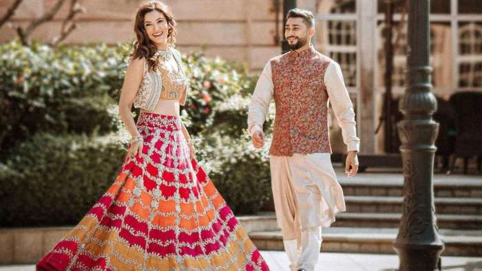 Gauahar Khan and Zaid Darbar are lost in each other in their pre-wedding shoot