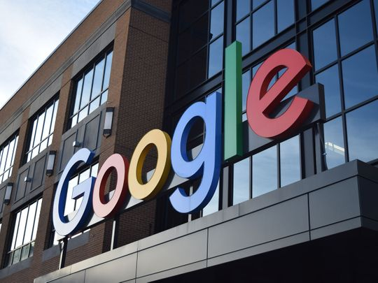 10 US states sue Google for abusing market power