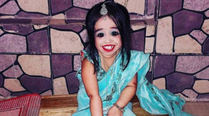 Jyoti Kisanji Amge, world's shortest woman, turns 27; know more about her