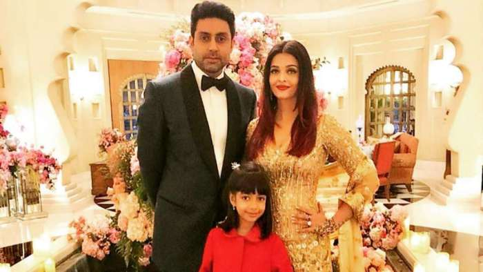 Aishwarya Rai Bachchan, Abhishek Bachchan with Aaradhya ace 'Desi Girl' hook step at wedding