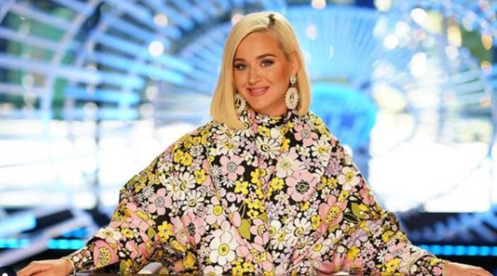 Katy Perry's bleached eyebrows get mixed reactions; see pics