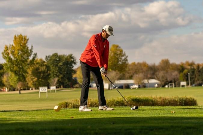 Men's Golf Travels to the Little Apple to Open Fall Season – University of South Dakota Athletics