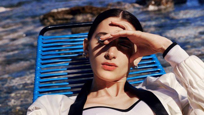Ojeras y sol: el motivo por el que están más oscurecidas tras el verano (y cómo tratarlas)