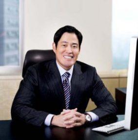L'Escape-Billionaire's-mistake-Chung-Yong-jin