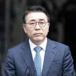 Shinhan-chief-convicted-but-he-will-maintain-his-post