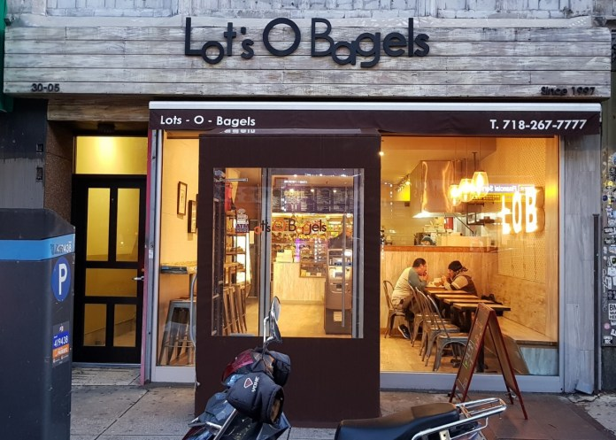 Lot's-O-Bagels-comes-to-Seoul