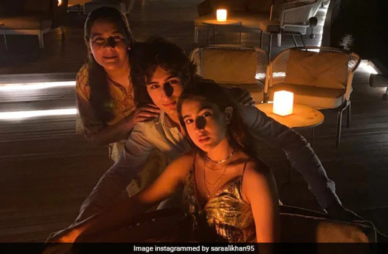 Sara Ali Khan Is Busy Chilling In Maldives With The Usual Suspects Amrita Singh And Ibrahim Ali Khan