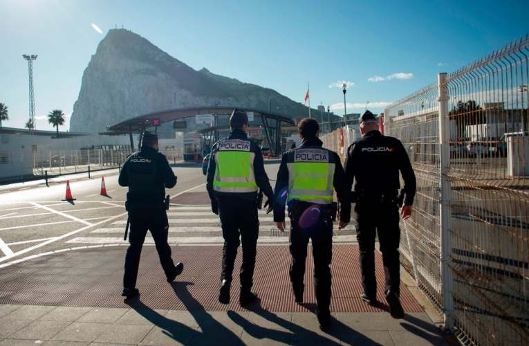 British ex-pats leave Spain to avoid illegal status after Brexit
