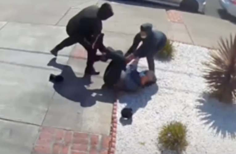 Video shows Asian man, 80, calling for help as laughing teen robbers beat him