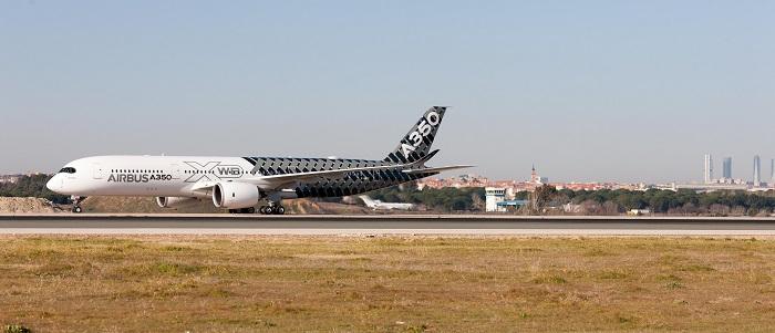 Airbus A350_XWB-_Madrid-3 700pxi