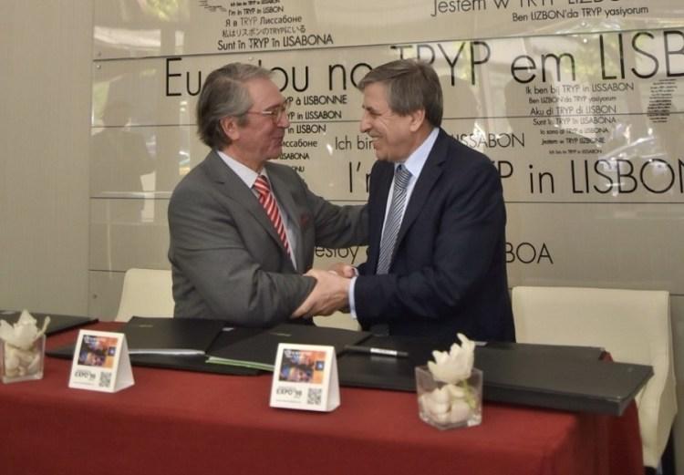 Da esquerda para a direita: Manuel Proença (Hoti Hotéis) e Jorge Ponce de Leão (ANA Aeroportos de Portugal).