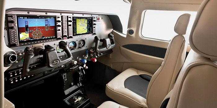 Cessna-T206H-Turbo-cabine