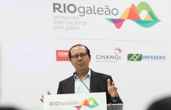 Aero RIOgaleão Luiz Rocha ago2015 JoãoLaet_Cafédas4 900px