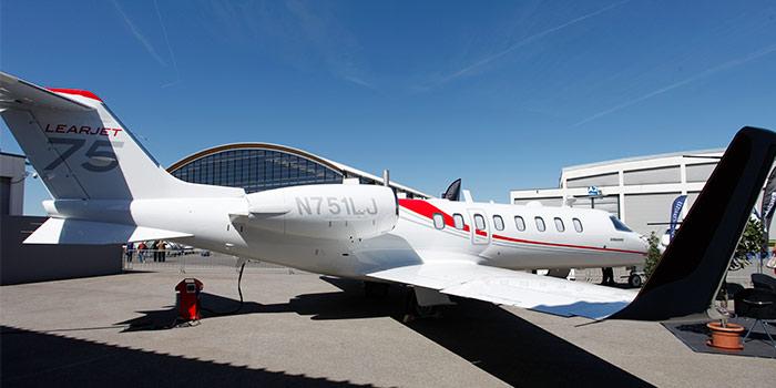 Bombardier-Learjet-75-exterior