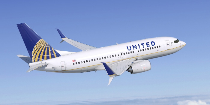 United-Boeing-737-700-New-Generation