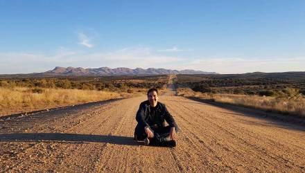 A semana dos três continentes por Enderson Rafael