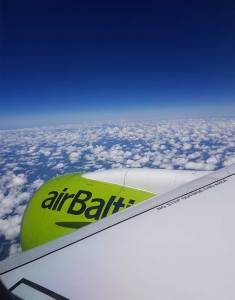 AirBaltic A220 motor