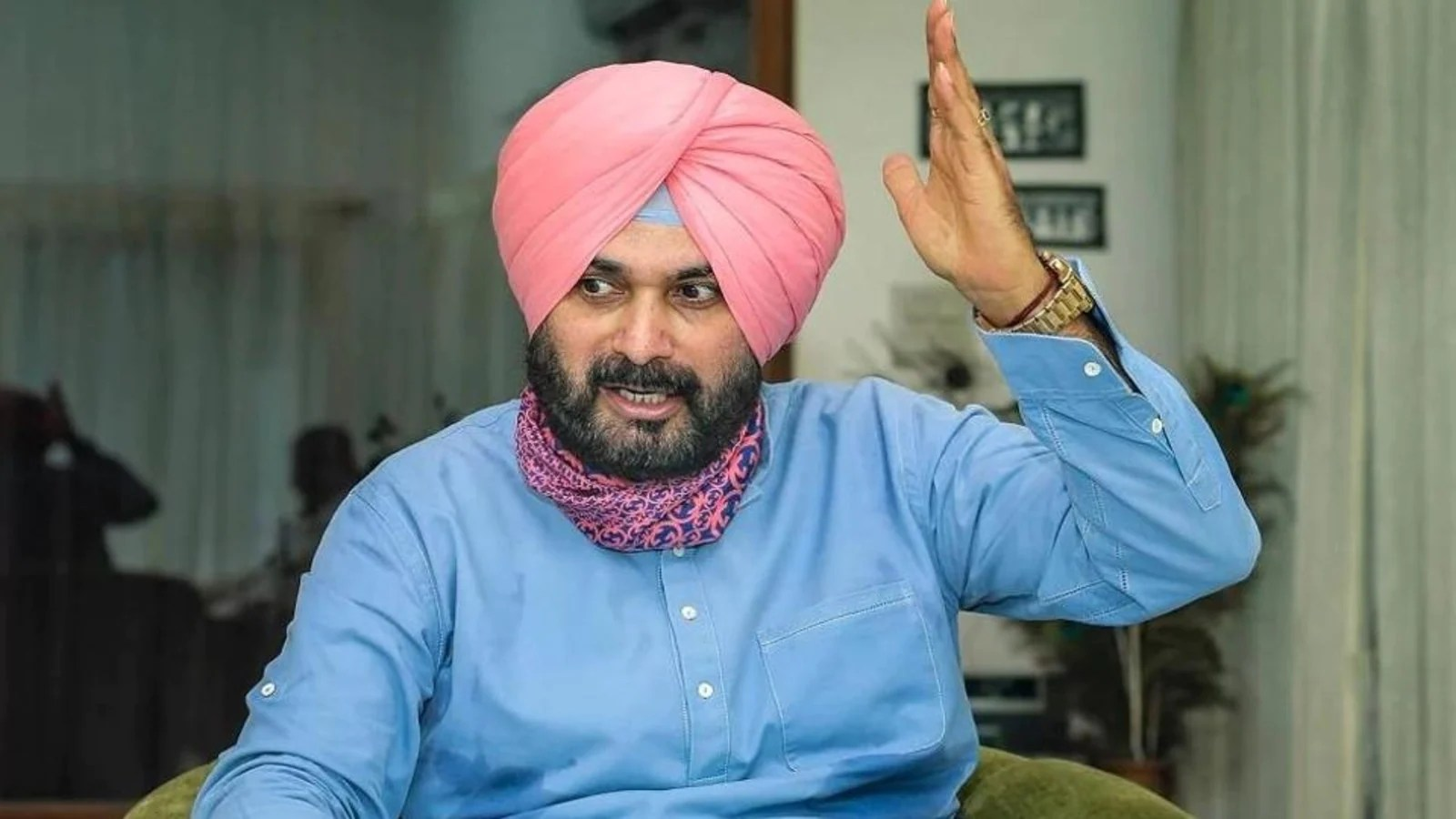 Navjot Singh Sidhu in Delhi today, to discuss 'organisational matters' with Congress leaders