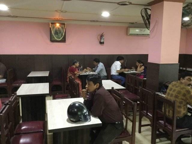 नील-गिरी-दक्षिण भारतीय-रेस्तरां-delhi_image