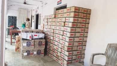 Illicit liquor smugglers arrested