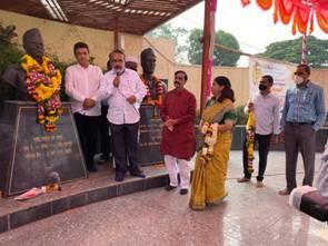 Nation pays homage to Shaheed Bhagat Singh, Rajguru and Sukhdev on Shahidi Diwas