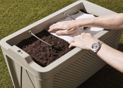 GROW Duo is a smart self-watering planter to grow food and herbs outdoors.