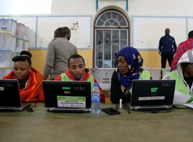 Kenyan High Court orders IEBC to release voters' register | News Central