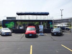 iola_car_show_stage_trailer_16