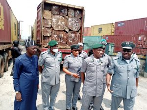 Customs intercepts 6 containers, arrests 2 in Rivers – Newsdiaryonline