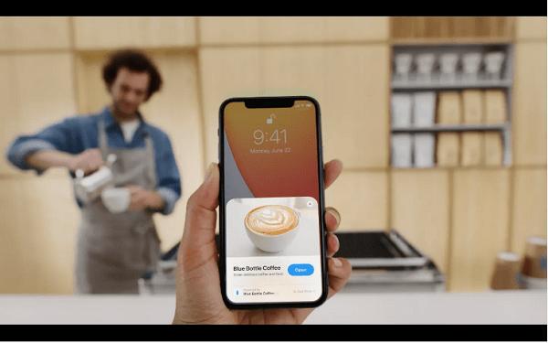 senza dover prima installarla iOS 14 utilizzerà una parte di un'app, esempio come usare clip app in una bar