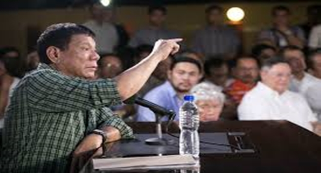 Duterte to business community