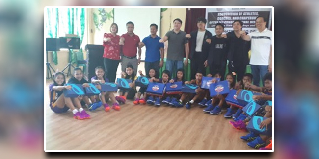 Barefoot Student Runners