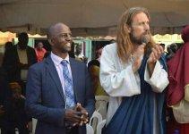 Pastor Invites Jesus