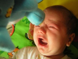 how to help babies with colic