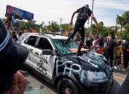 police car is ANTIFA a political party are ANTIFA violent riot protestors