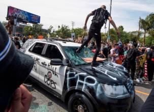 police car is ANTIFA a political party are ANTIFA violent riot protestors