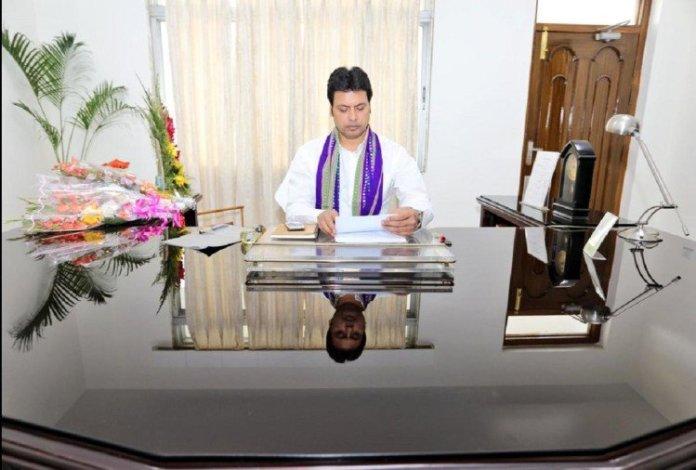बिप्लब कुमार देब को दिल्ली से बुलावा