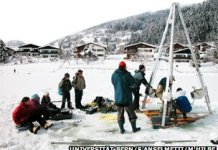 The University of Bern is investigating the sediment history of a number of lakes