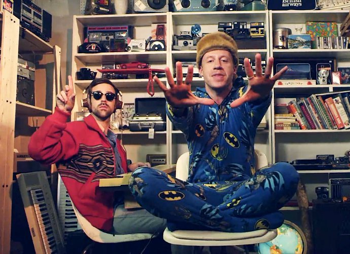 macklemore-and-ryan-lewis-thrift-shop-officially-certified-diamond