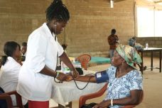 a nother widow undergoing health check