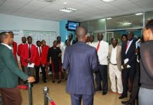 South Sudan officials visiting the Rwanda Stock Exchange trading floor