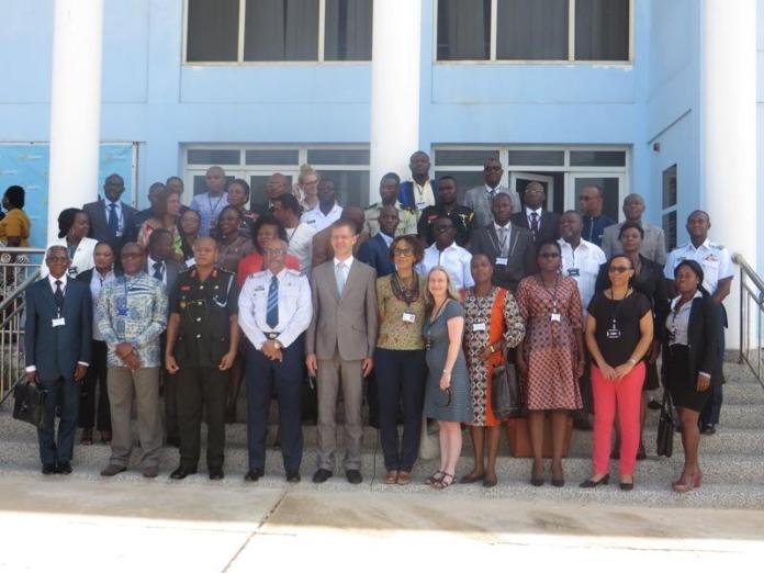 Mr Hans-Helge Sander (7th on front row) in a group photo with dignitaries and participants