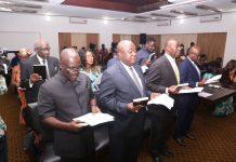 President swears in GIADC Board