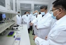 President Xi Jinping inspects COVID-19 scientific research at the Academy of Military Medical Sciences in Beijing, March 2, 2020. (Xinhua/Ju Peng)