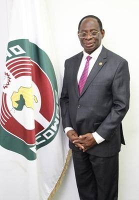 Dr Kofi Konadu Apraku