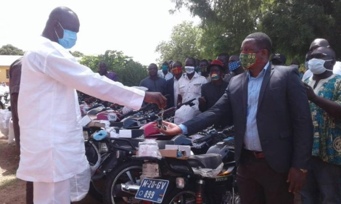 Circuit Supervisors Get Motorbikes To Boost Work