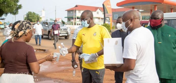 Ghana FA President Distributes Sanitizers And Nose Masks