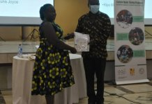Gizcomcashew Awards Ghanaians Certificates As Cashew Mts